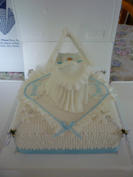 cradle-and-cake