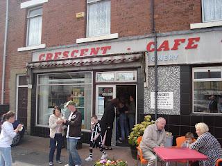 crescent_cafe